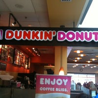 Photo taken at Dunkin Donuts by Gigi on 6/22/2012