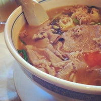 Photo taken at HD Chinese Yunnan Rice Noodle by Sandy T. on 8/10/2012