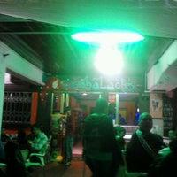 Foto tomada en Cambalache por Francisco Javier P. el 4/21/2012