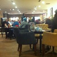 Photo taken at Gloria Jean's Coffees by Mehmet T. on 2/24/2012