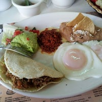 Photo taken at Panama Restaurant y Pasteleria by Daniel S. on 3/24/2012