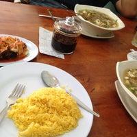 Photo taken at Restoran Tat Nasi Ayam by MardinaMN on 3/11/2012