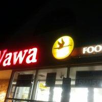 Photo taken at Wawa by Shauntae-Adilah E. on 8/4/2012