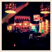 Foto tirada no(a) Titus Bar por Mariana S. em 4/28/2012