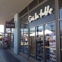 5/12/2012 tarihinde John J.ziyaretçi tarafından Sur La Table'de çekilen fotoğraf