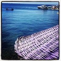 9/3/2012 tarihinde Didem ❤️ziyaretçi tarafından Mor Plaj'de çekilen fotoğraf