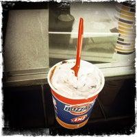 Das Foto wurde bei Dairy Queen Grill & Chill von Dennis Z. am 5/8/2012 aufgenommen
