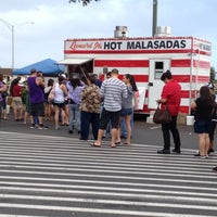 Photo taken at Leonard Jr.'s Malasadas Mobile by Yvette on 2/22/2012