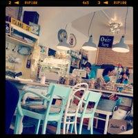 4/22/2012にThomasがPure Living Bakeryで撮った写真