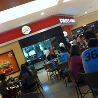Photo taken at Burger King by Naassom A. on 4/15/2012