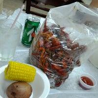 Photo taken at Crawfish & Beignets by Richard H. on 4/9/2012