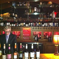 Das Foto wurde bei Mercy, a Wine Bar von Isidoro P. am 3/22/2012 aufgenommen