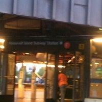 Photo taken at MTA Subway - Roosevelt Island (F) by Steve D. on 9/6/2012