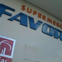 Foto tirada no(a) Supermercado Favorito por Joao S. em 7/19/2012