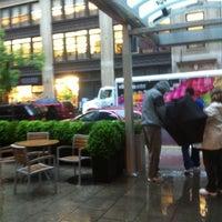 Снимок сделан в Holiday Inn Manhattan 6th Ave - Chelsea пользователем Ayşe A. 5/21/2012