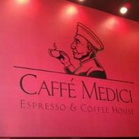 Das Foto wurde bei Caffé Medici von Gabe G. am 3/3/2012 aufgenommen
