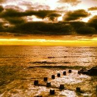 Foto tomada en Coogee Beach por Tony H. el 4/5/2012