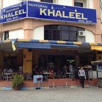 Photo taken at Restoran Khaleel by Felix S. on 3/14/2012