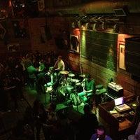 Foto tirada no(a) Kia Ora Pub por Andreia R. em 6/16/2012