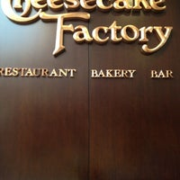 Photo taken at The Cheesecake Factory by Oscar L. on 7/19/2012
