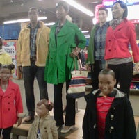 Photo taken at Old Navy by Deltrece D. on 2/7/2012