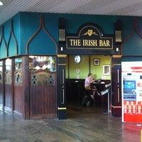 Снимок сделан в The Irish Bar пользователем Andrey K. 6/26/2012