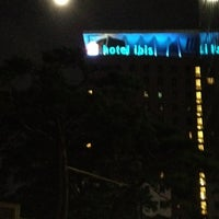 Foto tirada no(a) Ibis Ambassador Hotel por Luna .. em 8/1/2012
