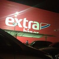 Photo taken at Hipermercado Extra by Leidiane  S. on 5/25/2012