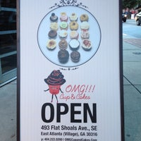 Photo taken at OMG!!! Cup & Cakes by Brandi B. on 7/15/2012
