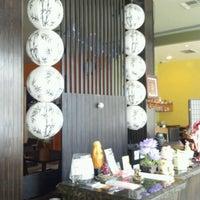 Photo taken at Ikyu Sushi by Camel V. on 5/2/2012