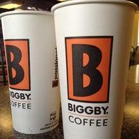 รูปภาพถ่ายที่ Biggby Coffee โดย Shawn S. เมื่อ 4/23/2012