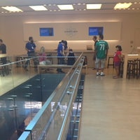 Photo taken at Apple by Elyce I. on 8/12/2012