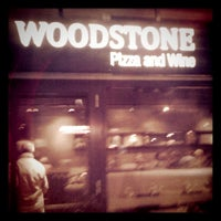 Photo taken at Woodstone Pizza And Wine by Raoul v. on 2/3/2012