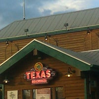 Photo taken at Texas Roadhouse by Rachel T. on 5/9/2012