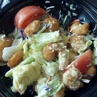 Foto tirada no(a) Captain D's Seafood por Bernado T. em 3/6/2012