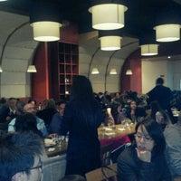 Foto tirada no(a) Copacabana Brazilian Steakhouse por Seva L. em 2/20/2012
