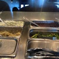 Foto tomada en Chipotle Mexican Grill por Mary B. el 8/27/2012