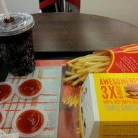 Photo taken at McDonald's by Nohara shinchan (. on 2/14/2012