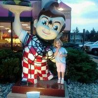 Photo taken at Frisch's Big Boy by Cori H. on 9/7/2012