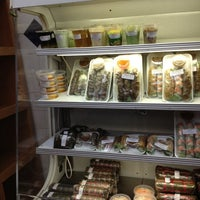 Foto tomada en Nhu Lan Bakery por Roberto R. el 3/28/2012
