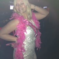 Photo taken at 32 Degrees Luxe Lounge by Stephanie B. on 3/25/2012