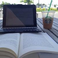 Photo taken at Starbucks by Rishan C. on 6/17/2012