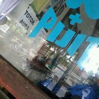 Photo taken at Potong Rambut Samping UT Unsoed by Andhi D. O. on 7/11/2012