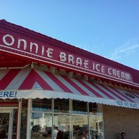 Photo taken at Bonnie Brae Ice Cream by Adria R. on 3/10/2012