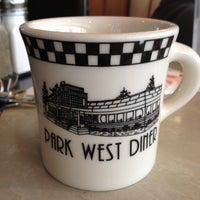 Foto tomada en Park West Diner Cafe por acproductions1.com A. el 3/24/2012