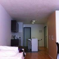 Foto scattata a Massini Suites da Sebastian A. il 8/28/2012