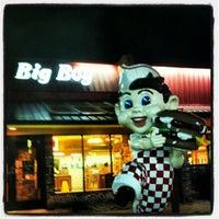 Photo taken at Frisch's Big Boy by Robbie C. on 6/18/2012