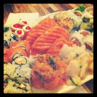 Foto tirada no(a) Hashi Sushi Bar por Ligia B. em 7/31/2012