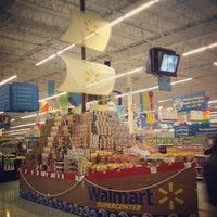 Foto tomada en Walmart por David U. el 5/7/2012
