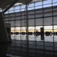 9/6/2012 tarihinde Osama A.ziyaretçi tarafından Erbil Uluslararası Havalimanı (EBL)'de çekilen fotoğraf